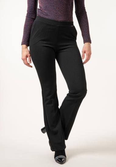 Spodnie z szerokimi...