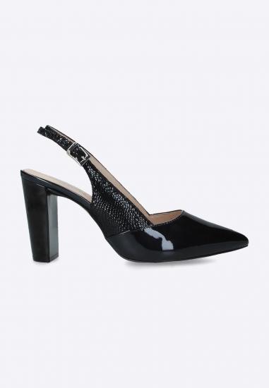 Skórzane sandały Caprice